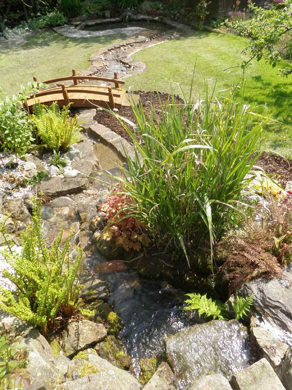 Artnoire landscape gardeners in fylde wyre and garstang for Ornamental pond waterfall